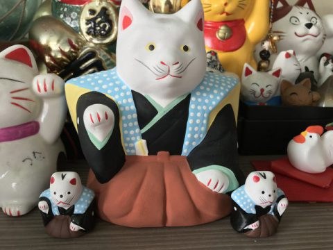 初辰さん 中猫