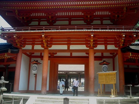 春日大社の山門